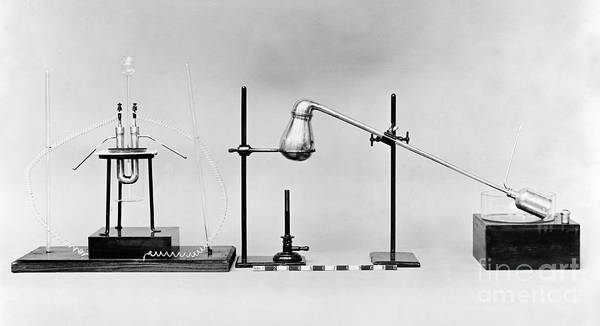 Photograph - Moissons Fluorine Apparatus, Replica by Wellcome Images