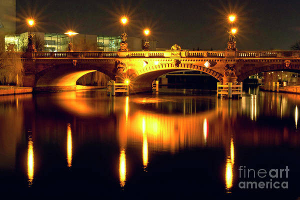 Photograph - Nocturnal Sound Of Berlin by Silva Wischeropp