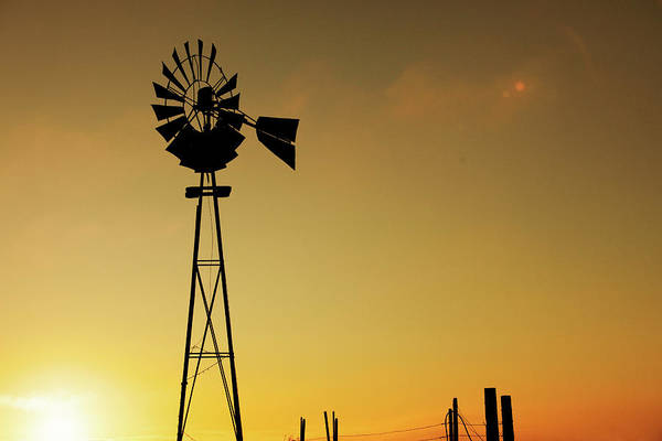 Photograph - Monitor Silhouette by Todd Klassy