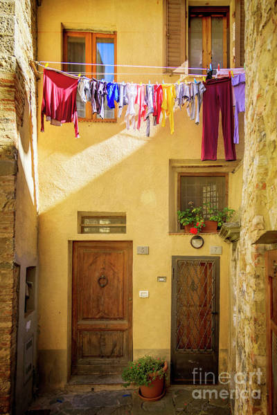 Photograph - Montefalco Hanging Laundry by Craig J Satterlee