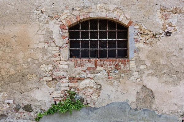 Photograph - Monticchiello Window #1 by Michael Blanchette