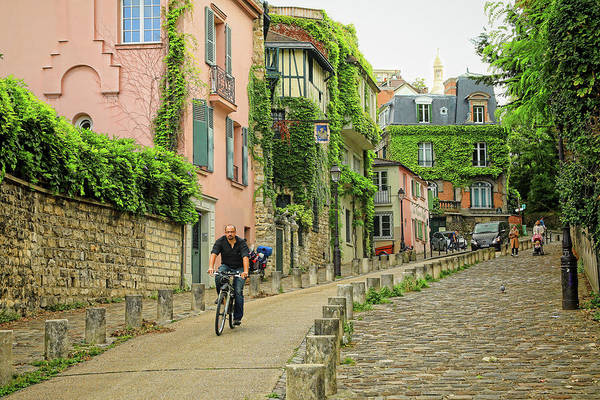 Photograph - Montmartre In The Morning by Mary Buck
