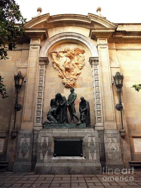 Photograph - Monument To The Heroes Of 1809 Barcelona by John Rizzuto