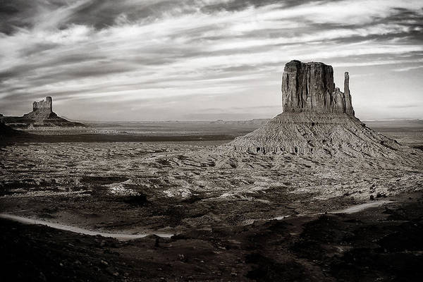Wall Art - Photograph - Monument Valley by Andrew Soundarajan