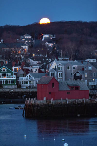 Photograph - Moon Sets Over Rockport by Jeff Folger