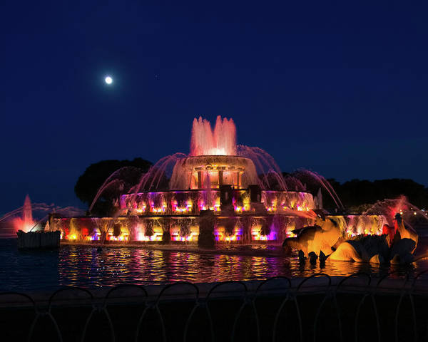Photograph - Moonrise Over Buckingham Fountain by Jemmy Archer