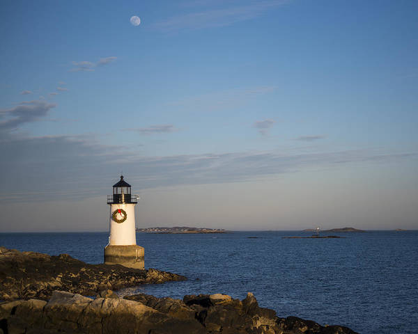 Pickering Photograph - Moonrise Over Fort Pickering Lighthouse Salem Ma Winter Island by Toby McGuire