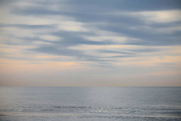Photograph - Morning At The Ocean by Maria Heyens