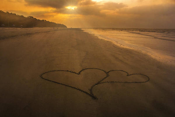Wall Art - Photograph - Morning Hearts by Sudip Majumdar