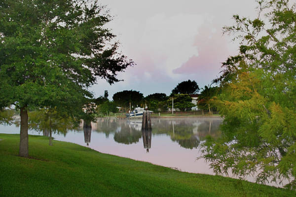 Photograph - Morning Reflections by Judy Hall-Folde