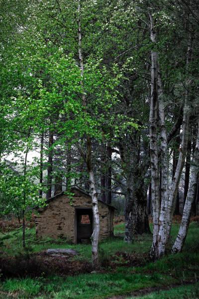 Photograph - Mountain Shelter by Edgar Laureano