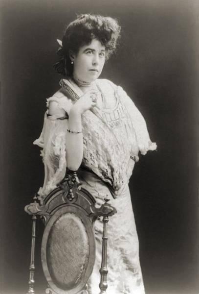 Heroine Photograph - Mrs. James J. Molly Brown 1867-1932 by Everett