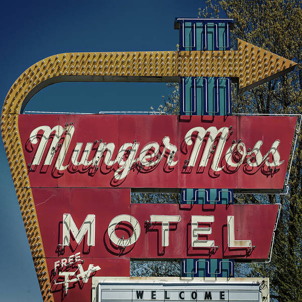 Photograph - Munger Moss Motel by Bud Simpson