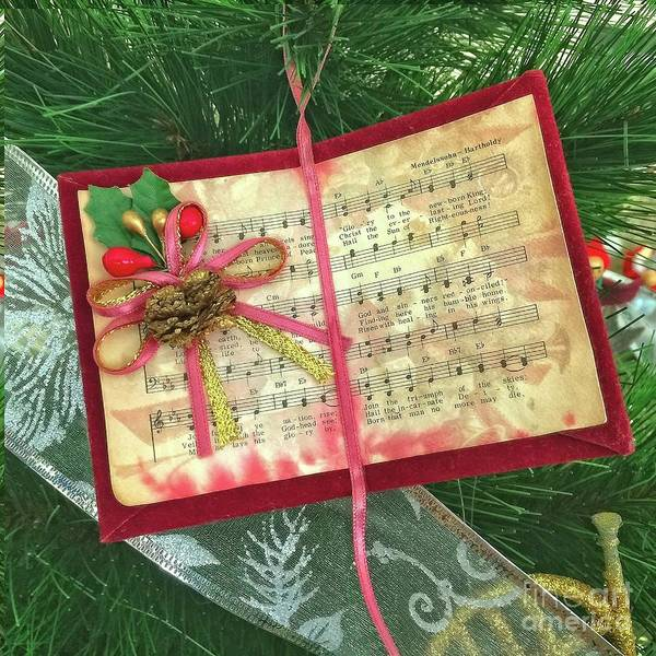 Photograph - Music For Christmas by Dee Flouton