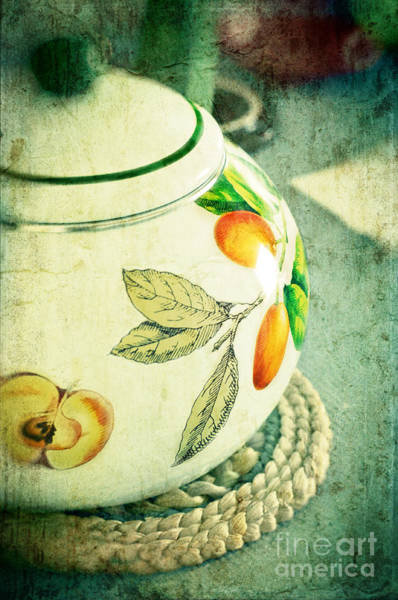Photograph - My Kettle by Silvia Ganora