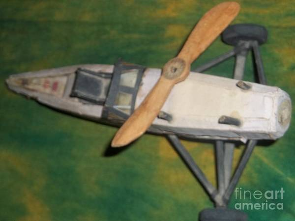 Visual Language Photograph - My Plane by Fania Simon