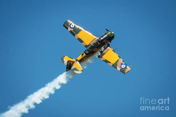 Harvard Propeller Photograph - Na T-6 Harvard Contrails by Joann Long