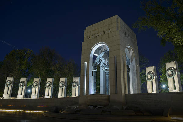 Photograph - National World War II Memorial In Washington Dc by Art Whitton