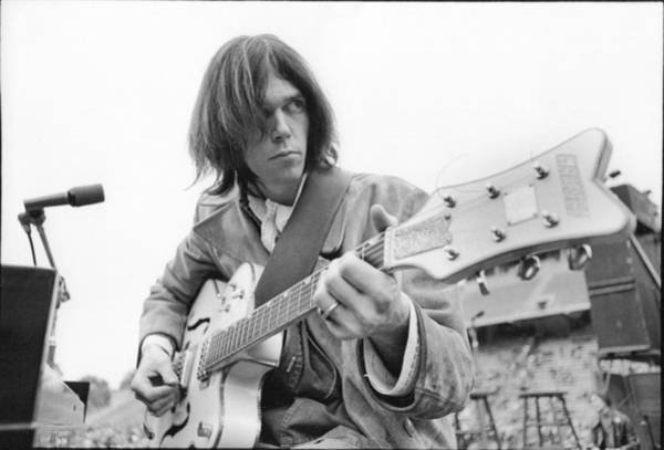 Strum Wall Art - Photograph - Neil Young by Kenneth Summers