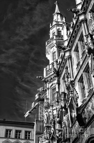 Photograph - Neues Rathaus by John Rizzuto