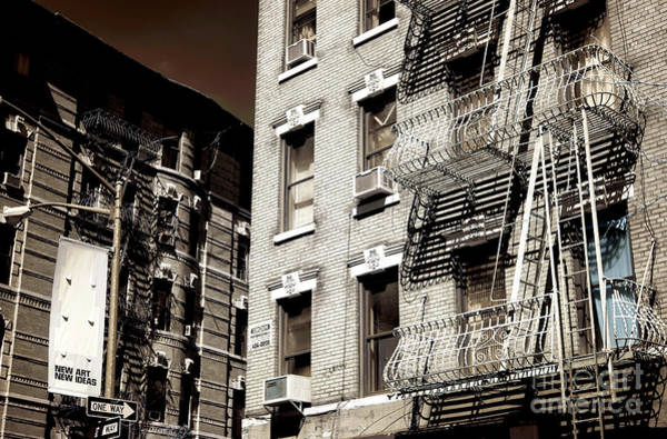 Photograph - New Ideas In New York City by John Rizzuto