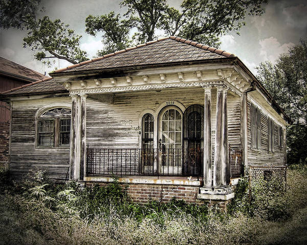 Wall Art - Photograph - New Orleans House No. 7 by Tammy Wetzel