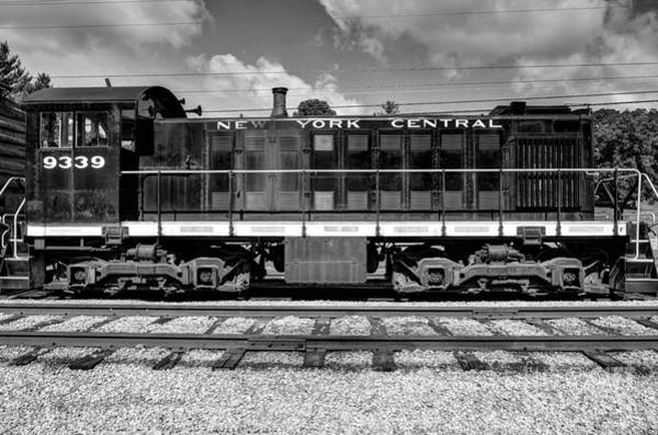 Photograph - New York Central # 9339 Black And White by Mel Steinhauer