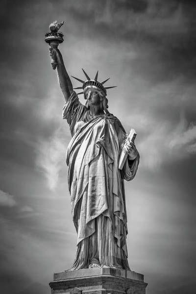 Wall Art - Photograph - New York City Statue Of Liberty by Melanie Viola