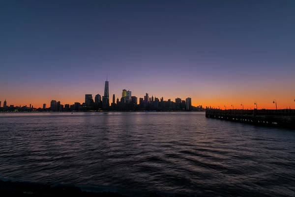 Photograph - New York City Sunrise by Tom Singleton