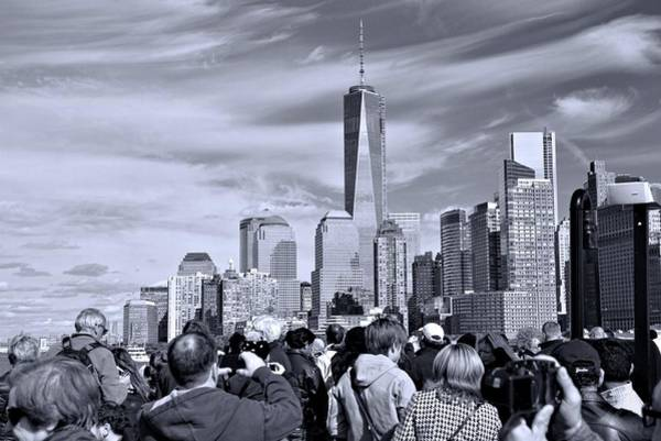 Photograph - New York City Tourists by Dan Sproul