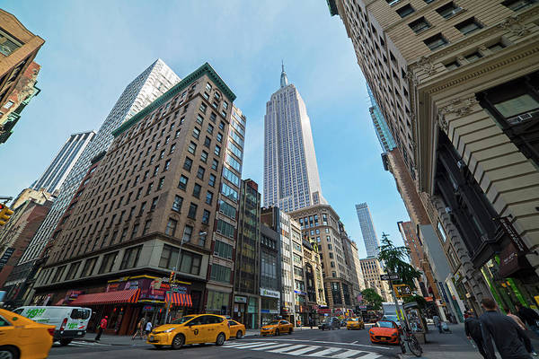Photograph - New York Fifth Avenue Taxis Empire State Building by Toby McGuire
