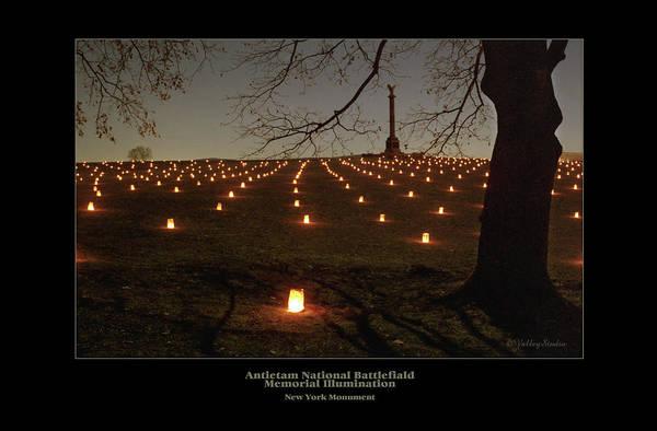 Luminaries Photograph - New York Monument 95 by Judi Quelland