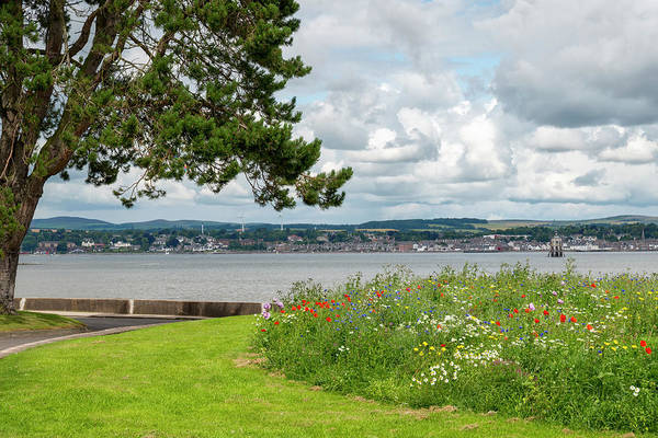 Photograph - Newport-on-tay In Fife, Scotland by Jeremy Lavender Photography