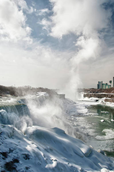 Photograph - Niagara Falls 4601 by Guy Whiteley