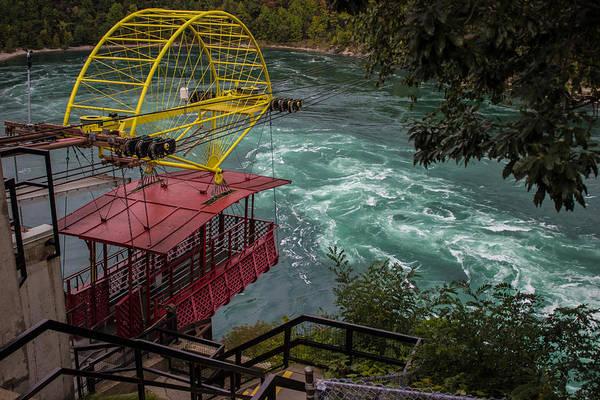 Niagara Falls Photograph - Niagara Falls Cable Car by Martin Newman