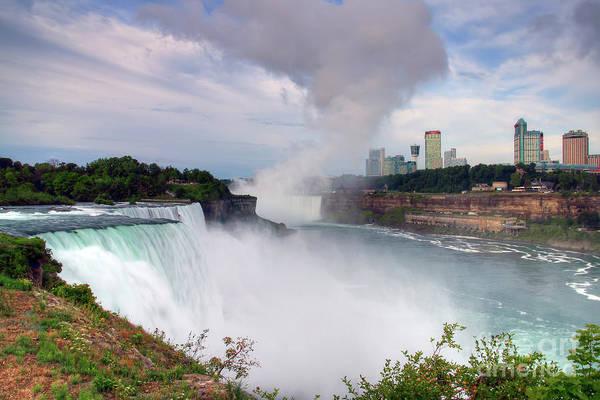 Wall Art - Photograph - Niagara Falls by Rick Mann