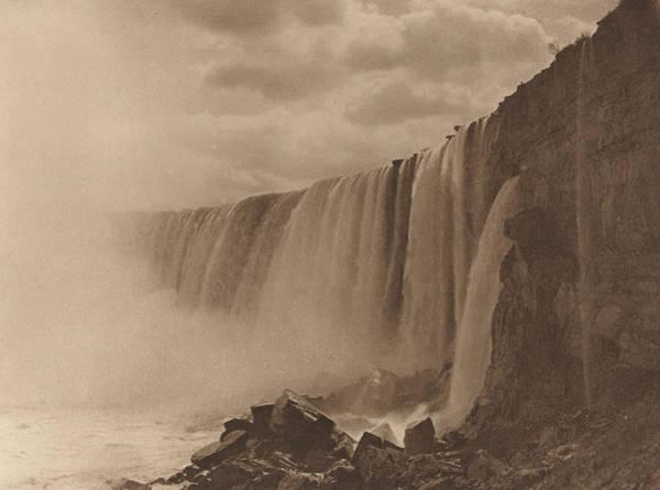 Wall Art - Photograph - Niagara Falls by William D Murphy