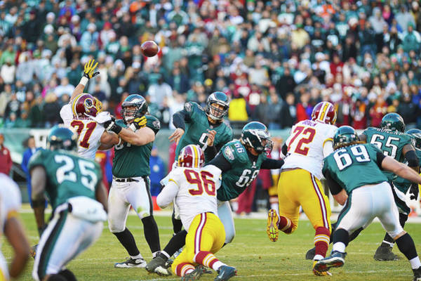 Photograph - Nick Foles Throws Downfield by William Jobes