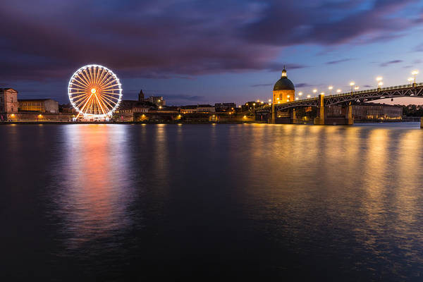 Chapel Bridge Photograph - Nightly View Of A Spinning Ferris Wheel by Semmick Photo