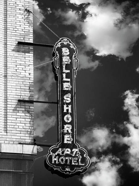 Wall Art - Photograph - Northern Belle Belle Shore Apt Hotel by William Dey