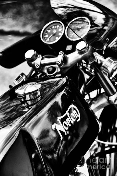 Photograph - Norton Commando 750 Cafe Racer by Tim Gainey
