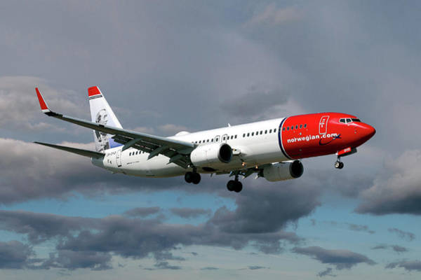 Passenger Photograph - Norwegian Boeing 737-8jp by Smart Aviation