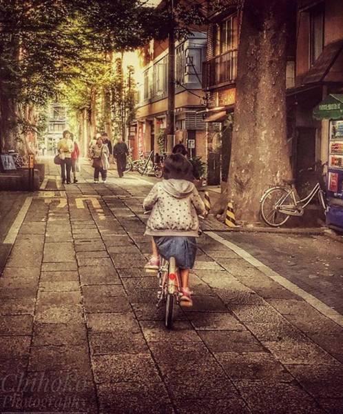 "Tachi Photograph - . Tokyo 4:05pm. . . ""before 5 by Chihoko Tachi"