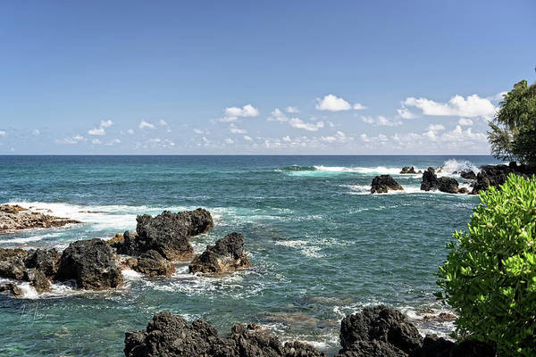 Photograph - Nua'ailua Bay by Jim Thompson