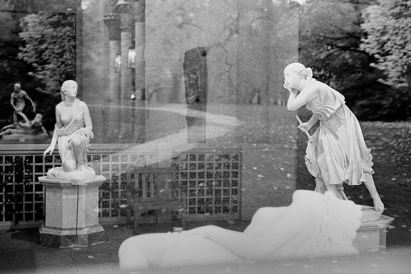 Nyc Whispering Statues Art Print