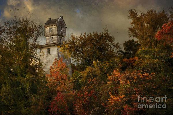 Photograph - Oakhurst Water Tower by Debra Fedchin