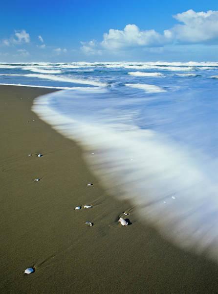 Photograph - Ocean Motion by Robert Potts
