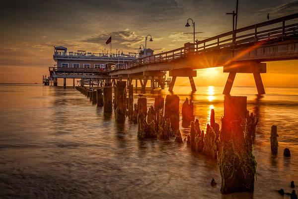 Norfolk Va Wall Art - Photograph - Ocean View Fishing Pier by Roger Mitchell