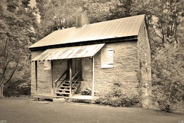 Photograph - Oconee Station Blockhouse Black And White by Lisa Wooten