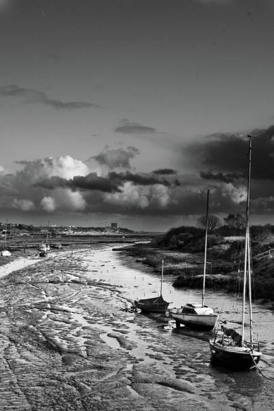 Leigh On Sea Photograph - Of Mud And Boats by Iain Phillips